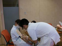 山梨赤十字病院の新人看護師研修風景